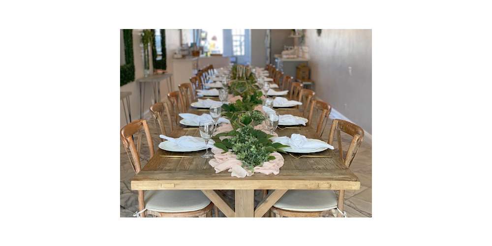 Chairs that Pair Well with Farm Tables