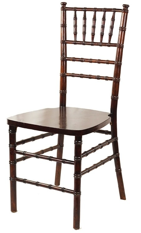 Chiavari Chairs: Wood, Aluminum, Or Resin?